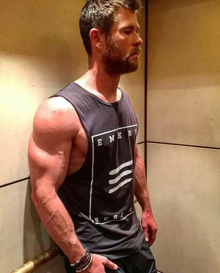build bigger shoulders